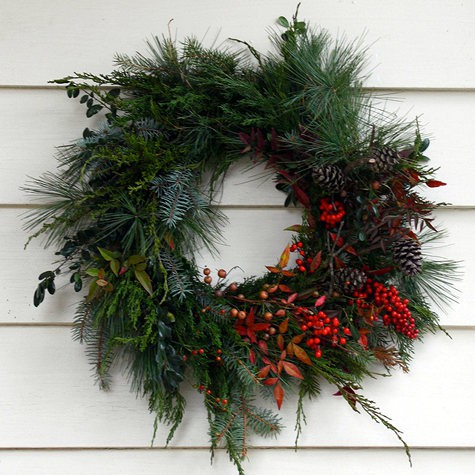 related images. Christmas images Traditional Christmas Wreaths ...